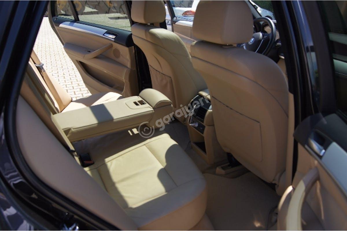 BMW X5 Esenler Kiralık Araç 7. Fotoğraf