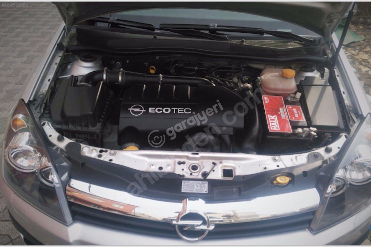 Opel Astra Başiskele Kiralık Araç 7. Fotoğraf