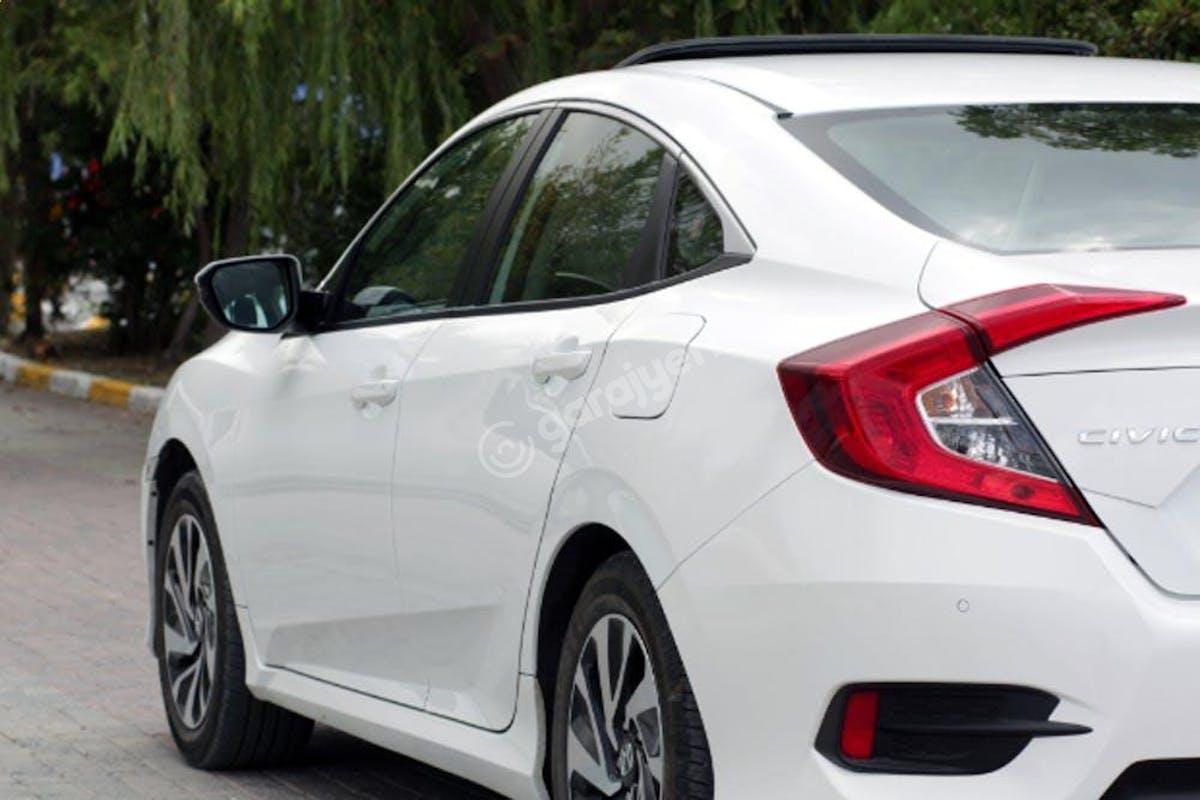 Honda Civic Beşiktaş Kiralık Araç 4. Fotoğraf