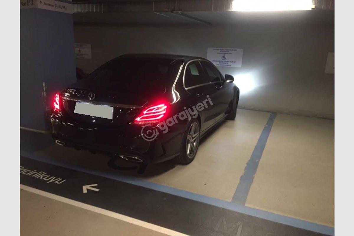 Mercedes - Benz C Atatürk Havaalanı Kiralık Araç 3. Fotoğraf
