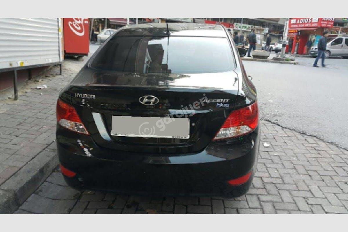 Hyundai Accent Bayrampaşa Kiralık Araç 3. Fotoğraf