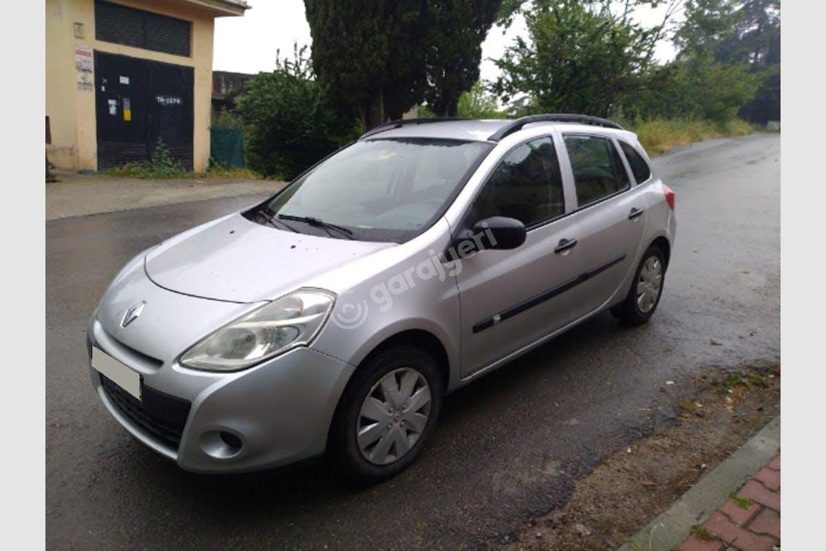 Renault Clio Pendik Kiralık Araç 4. Fotoğraf