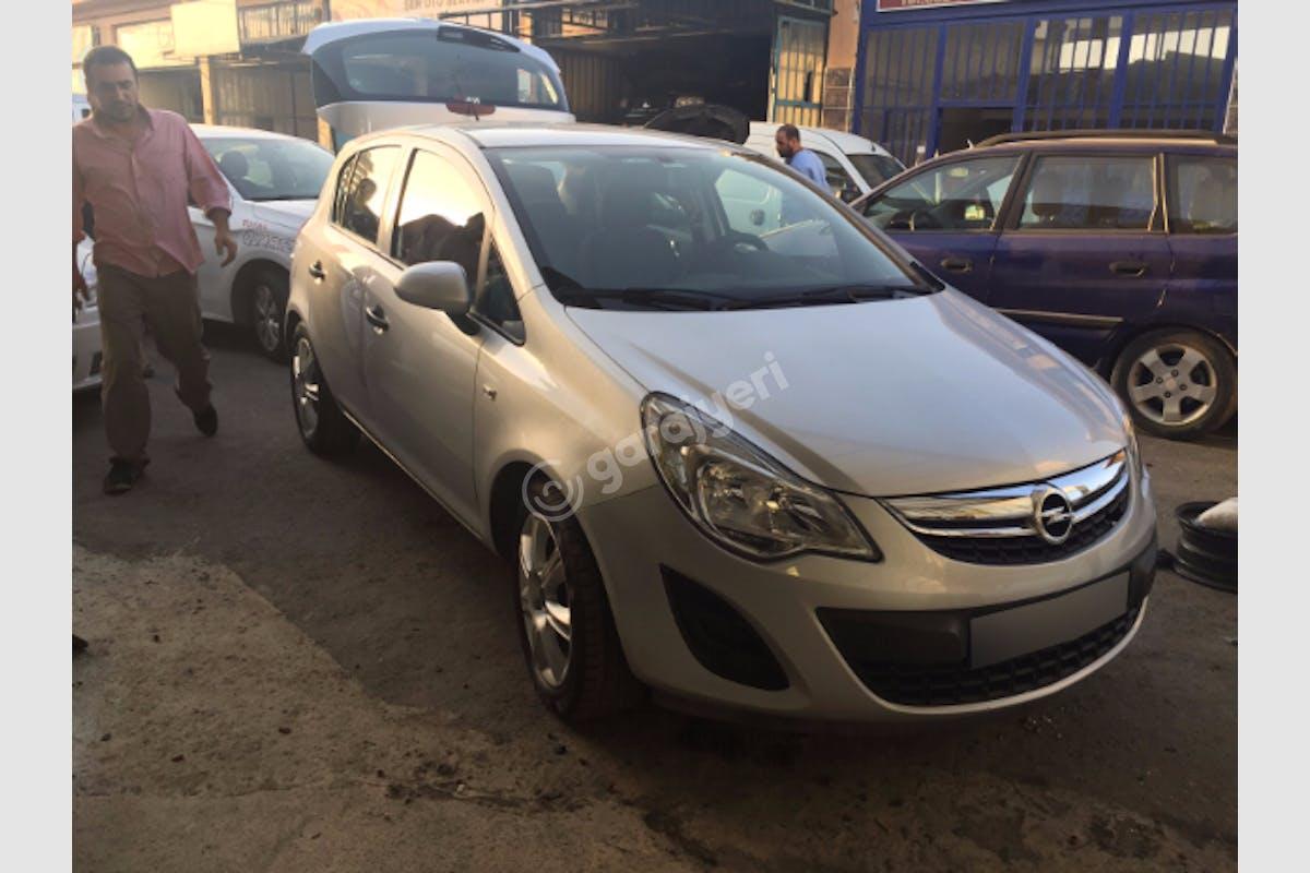 Opel Corsa Çekmeköy Kiralık Araç 1. Fotoğraf