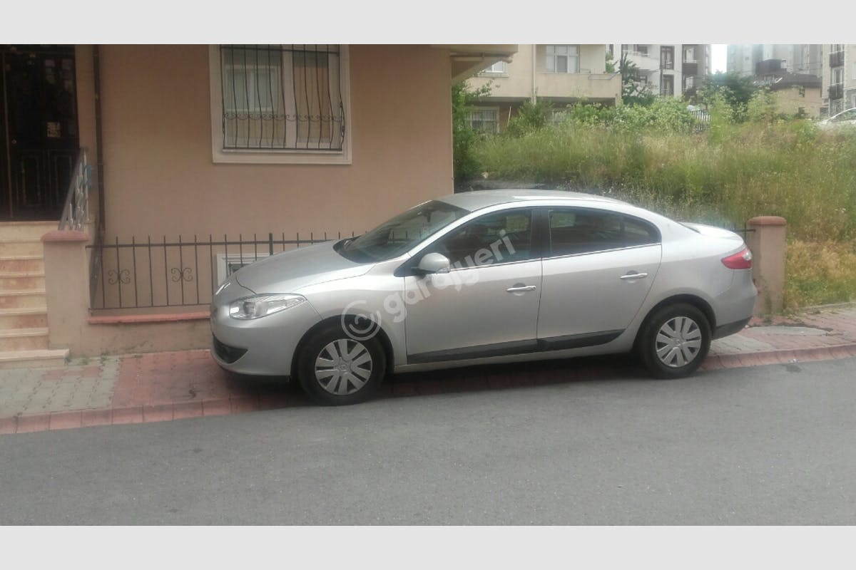 Renault Fluence Ümraniye Kiralık Araç 1. Fotoğraf