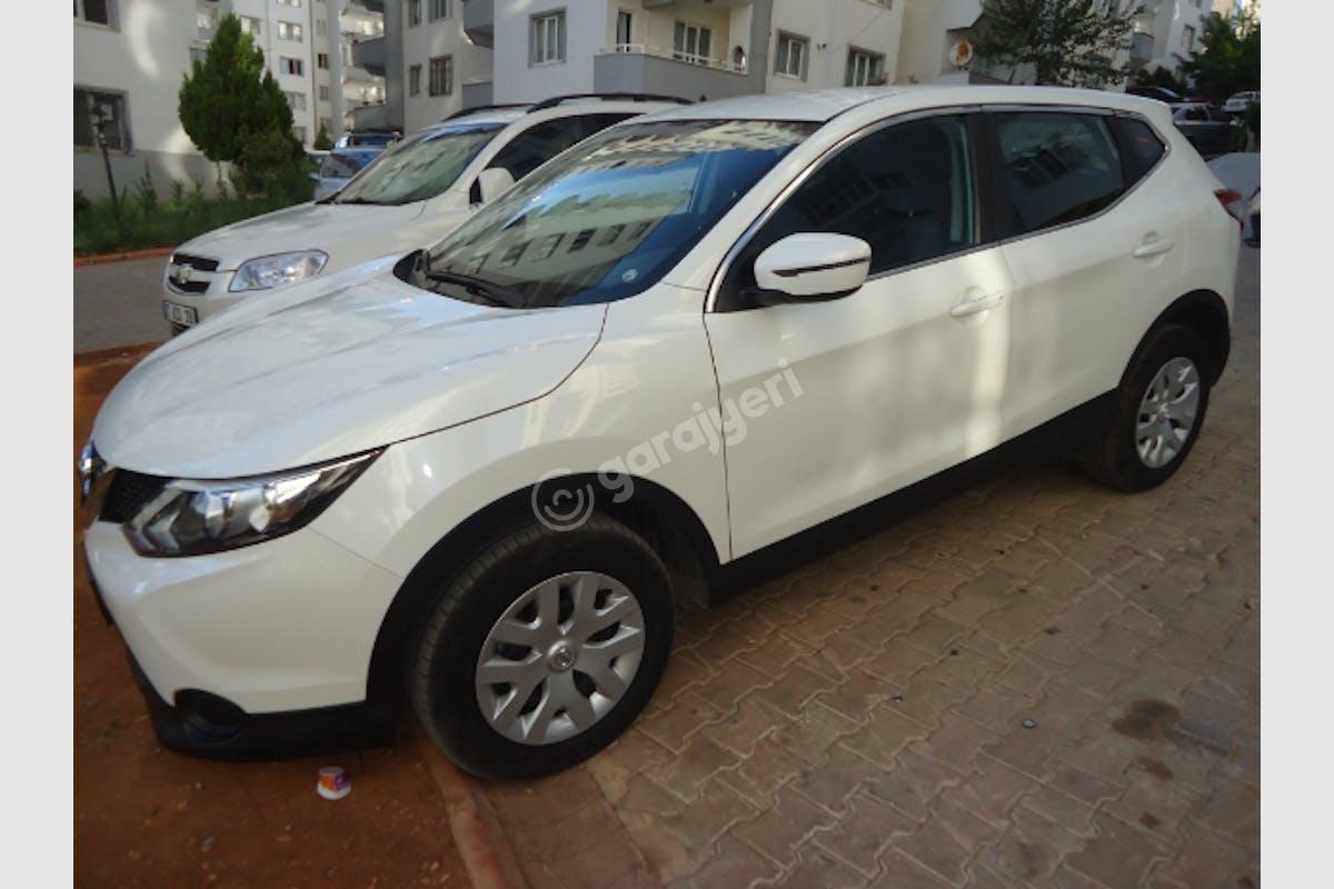 Nissan Qashqai Merkez Kiralık Araç 1. Fotoğraf