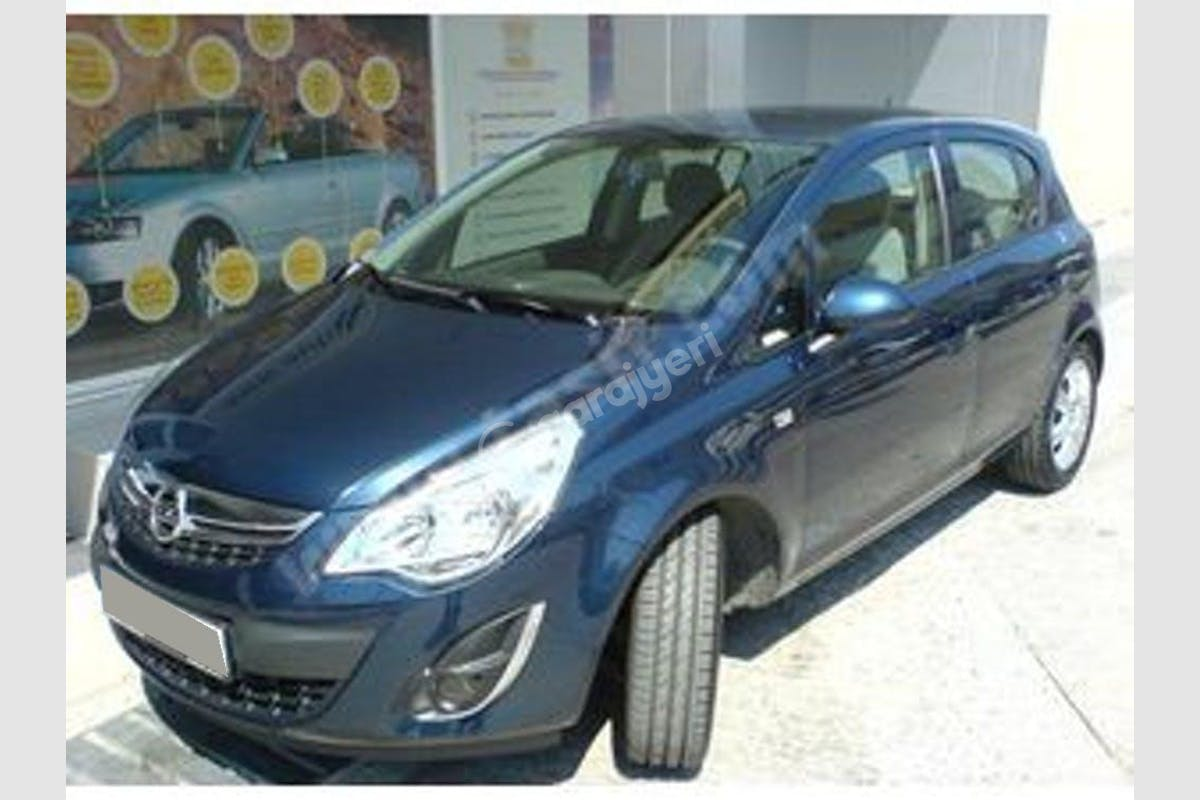 Opel Corsa Kadıköy Kiralık Araç 1. Fotoğraf