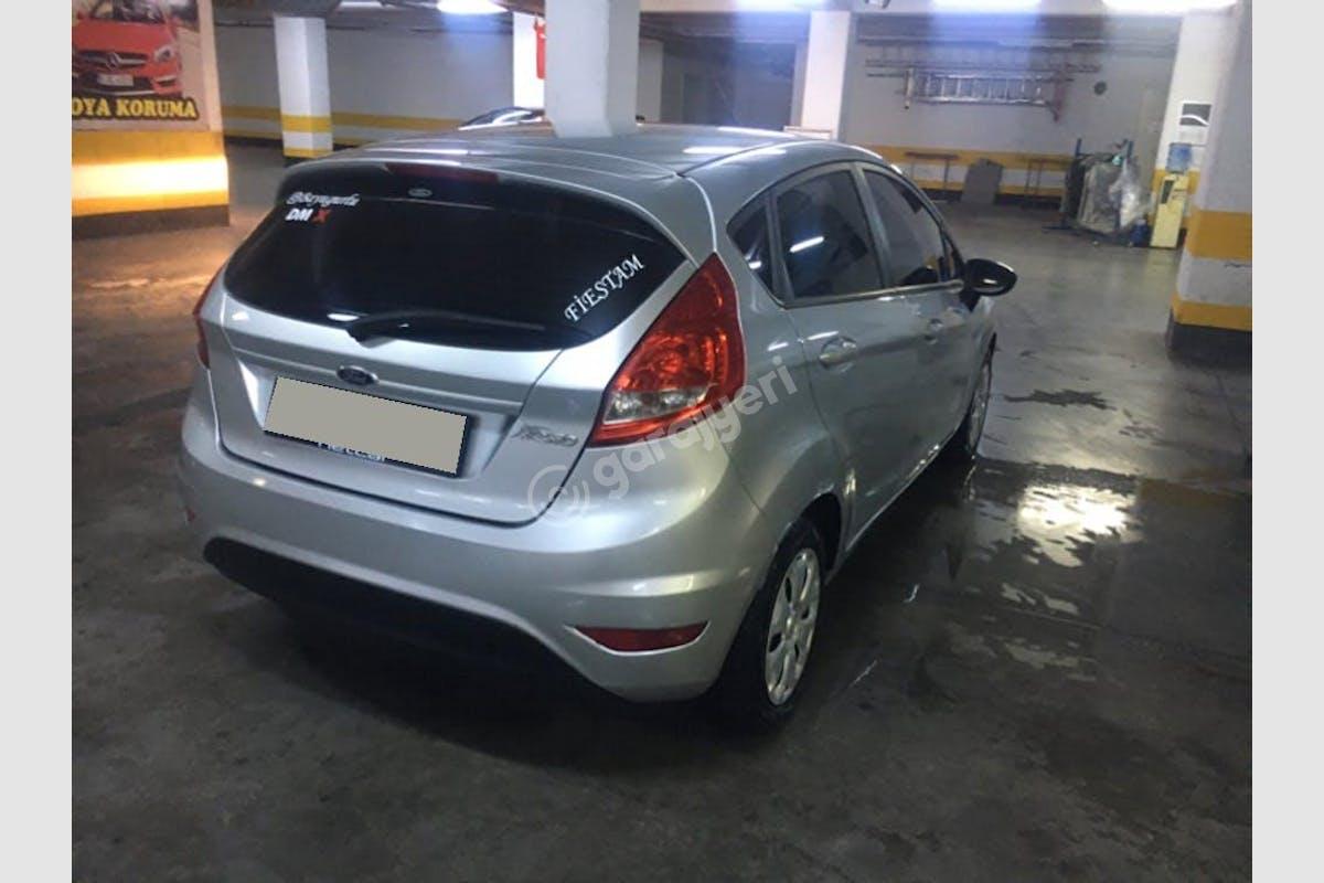 Ford Fiesta Küçükçekmece Kiralık Araç 2. Fotoğraf