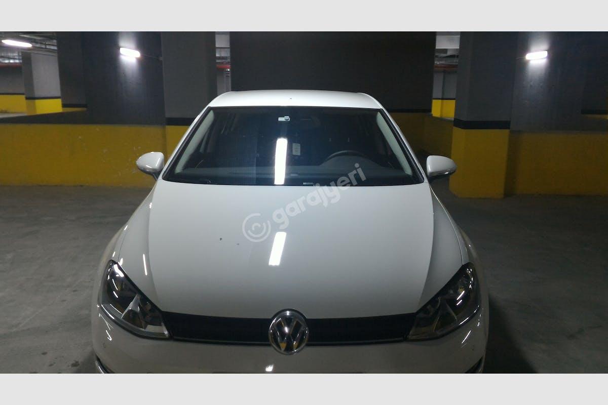 Volkswagen Golf Esenler Kiralık Araç 5. Fotoğraf