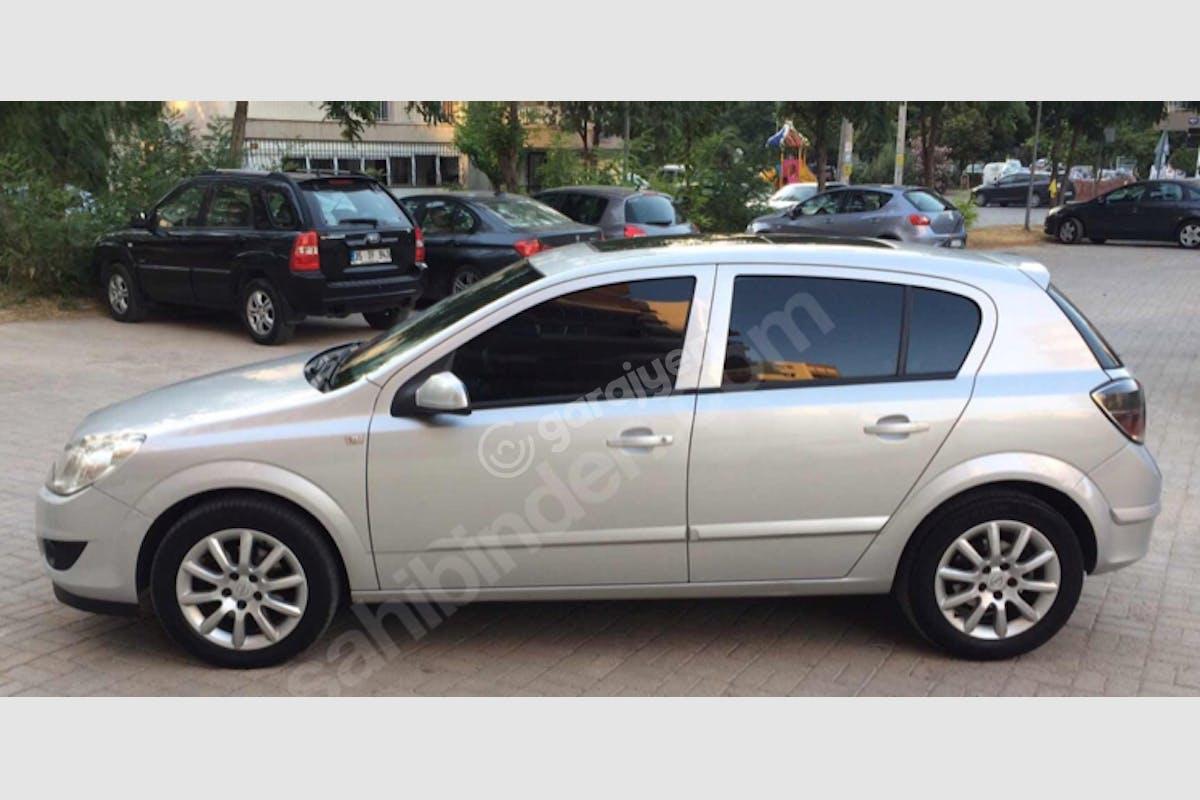Opel Astra Başiskele Kiralık Araç 8. Fotoğraf