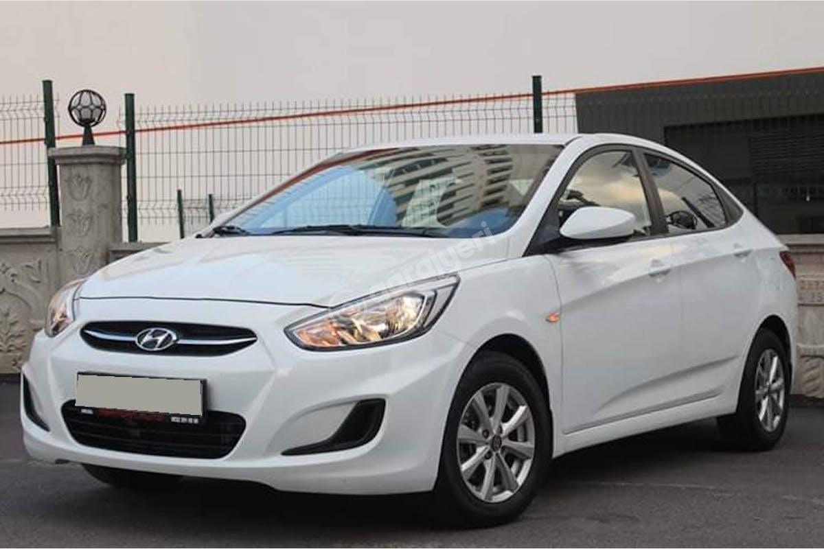 Hyundai Accent Blue Keçiören Kiralık Araç 4. Fotoğraf