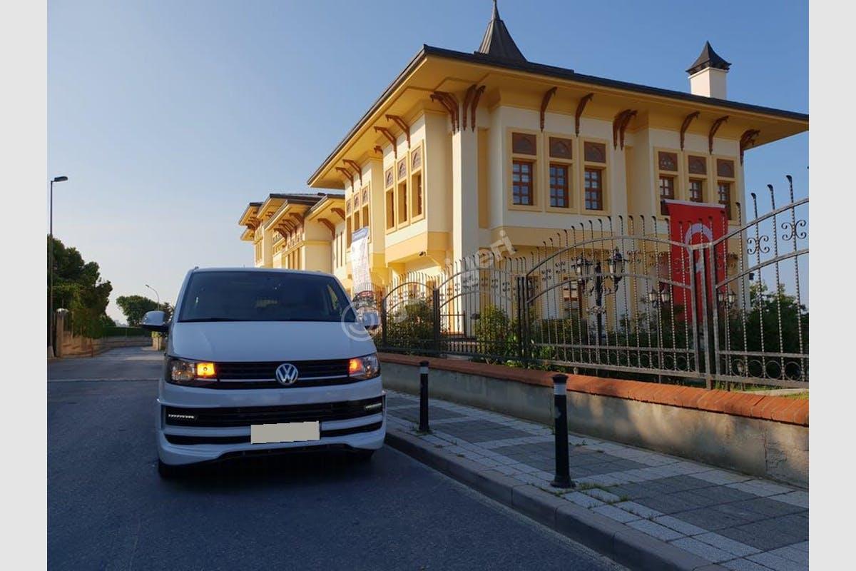 Volkswagen Transporter Üsküdar Kiralık Araç 2. Fotoğraf