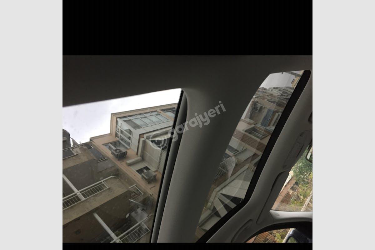 Mercedes - Benz C Karabağlar Kiralık Araç 7. Fotoğraf