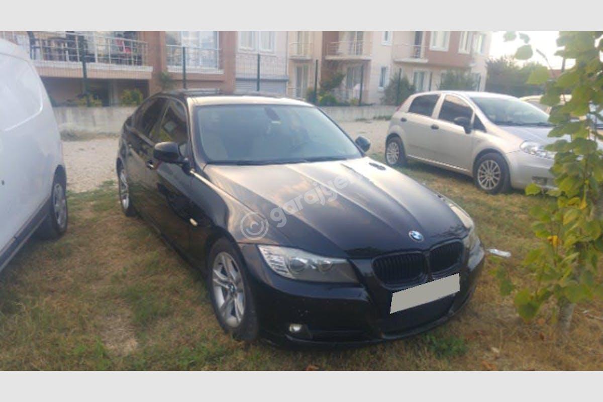 BMW 3 Başiskele Kiralık Araç 1. Fotoğraf