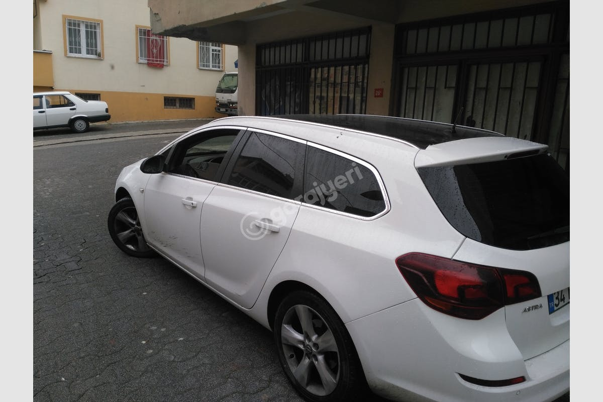 Opel Astra Ataşehir Kiralık Araç 1. Fotoğraf