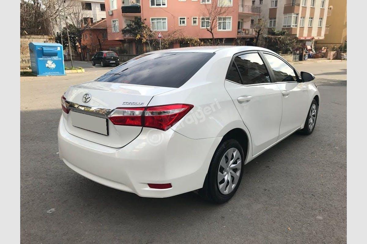 Toyota Corolla Kartal Kiralık Araç 3. Fotoğraf