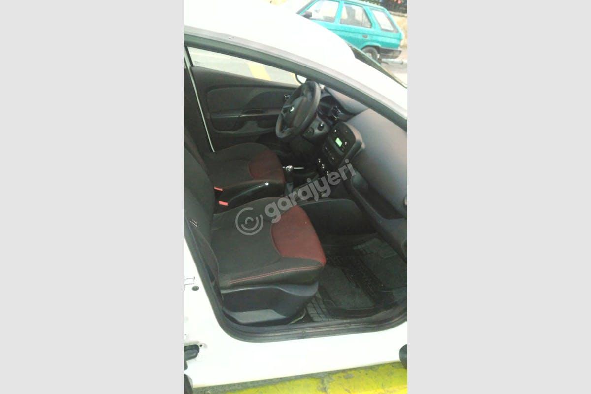 Renault Clio Maltepe Kiralık Araç 5. Fotoğraf