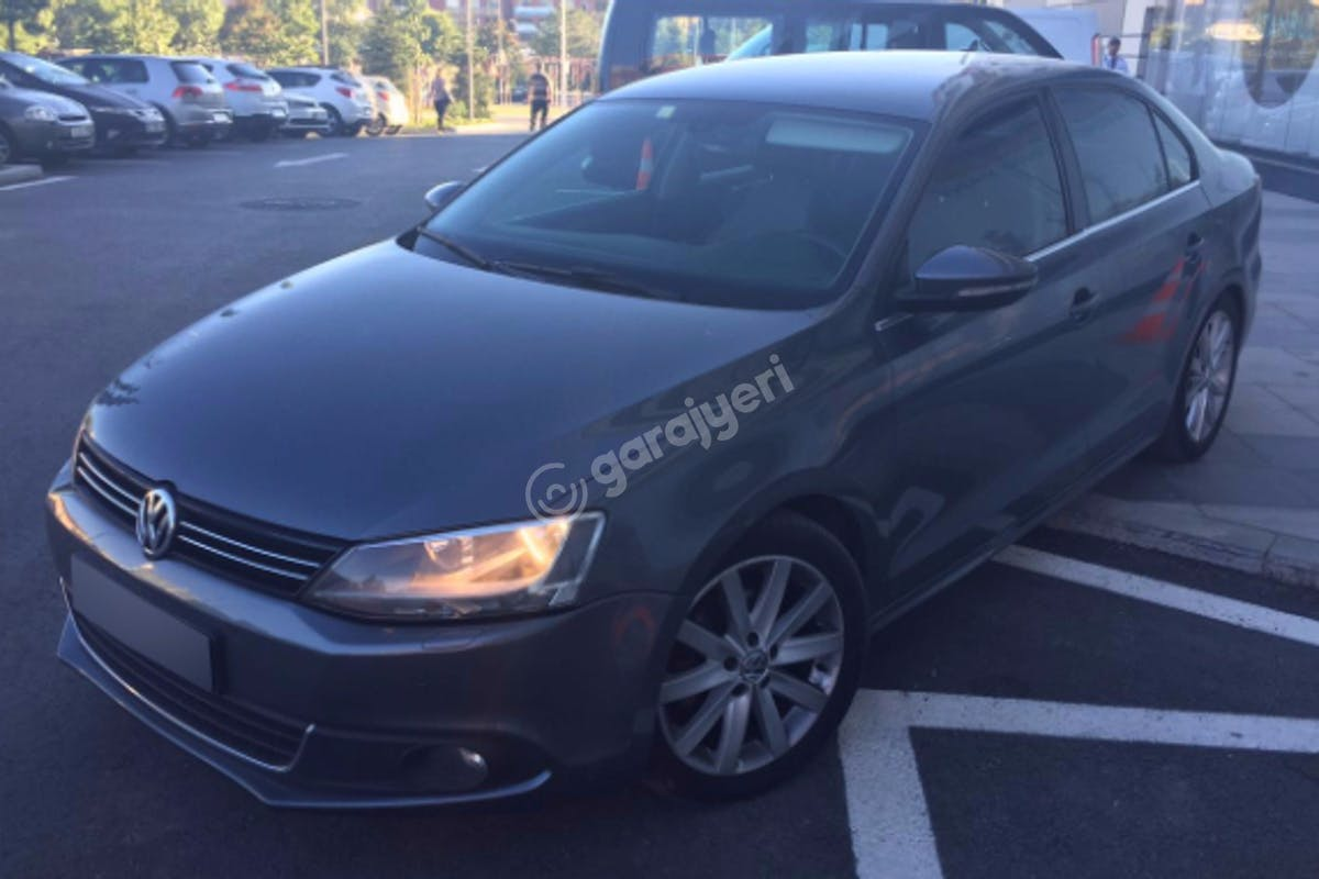 Volkswagen Jetta Bayrampaşa Kiralık Araç 1. Fotoğraf