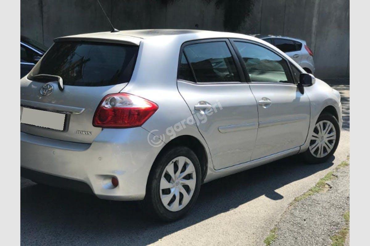 Toyota Auris Ümraniye Kiralık Araç 1. Fotoğraf