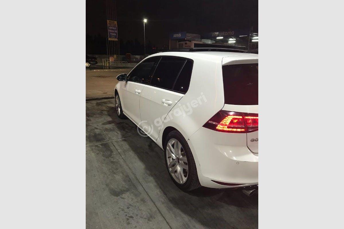 Volkswagen Golf Küçükçekmece Kiralık Araç 4. Fotoğraf