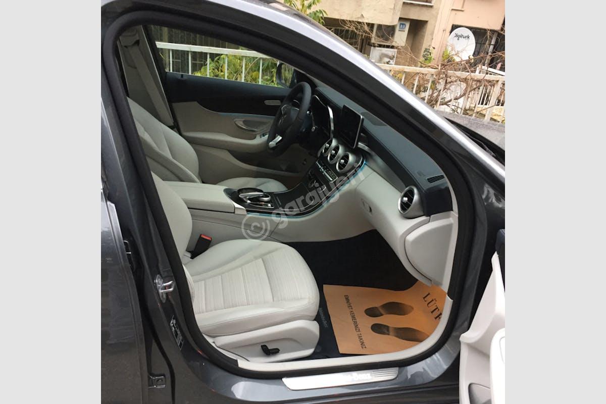 Mercedes - Benz C Karabağlar Kiralık Araç 8. Fotoğraf