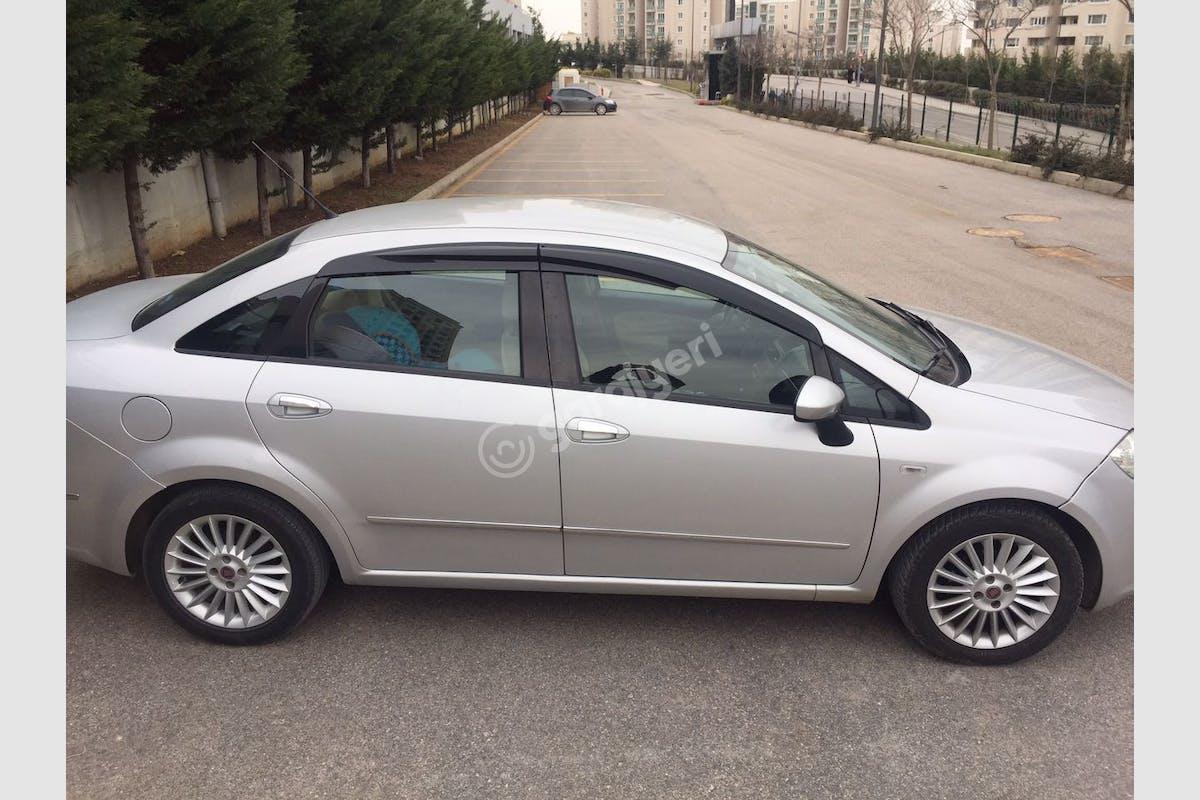 Fiat Linea Ümraniye Kiralık Araç 1. Fotoğraf