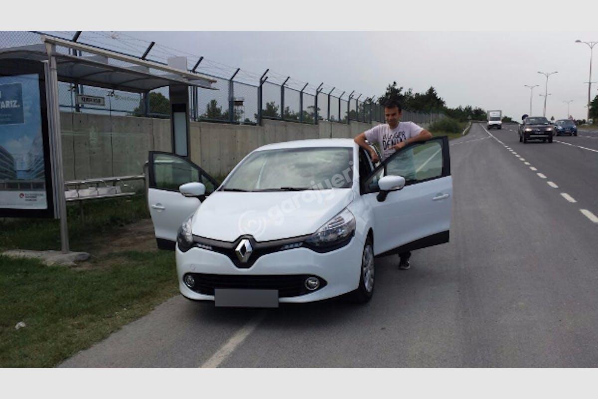 Renault Clio Beykoz Kiralık Araç 2. Fotoğraf