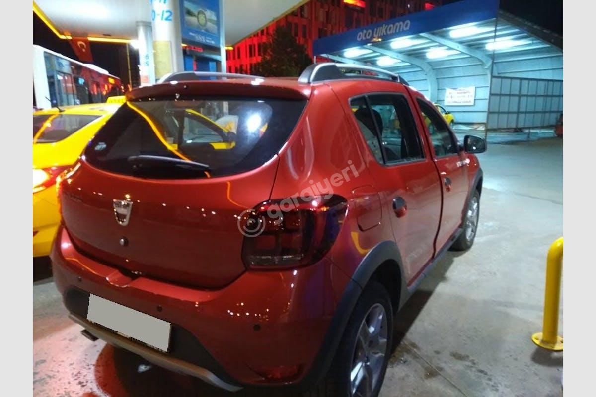 Dacia Sandero Stepway Pendik Kiralık Araç 3. Fotoğraf