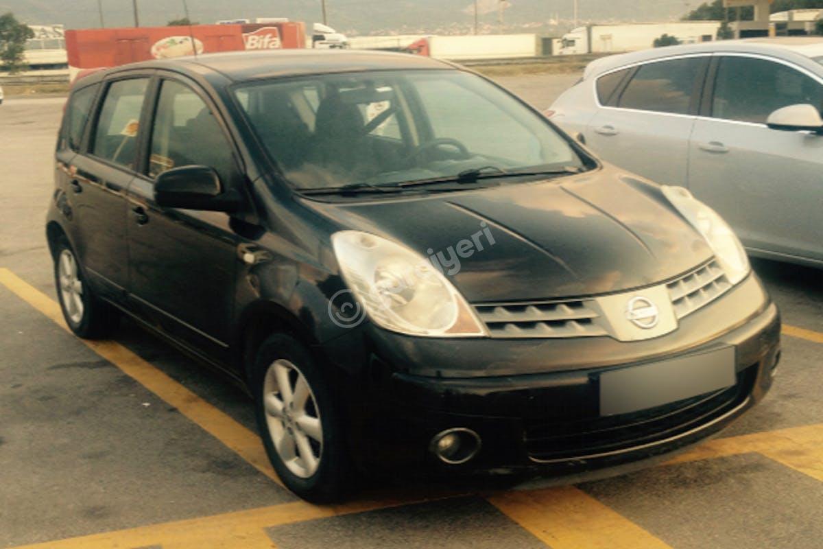 Nissan Note Üsküdar Kiralık Araç 1. Fotoğraf