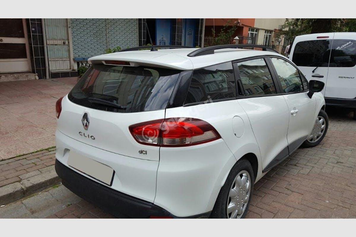 Renault Clio Zeytinburnu Kiralık Araç 2. Fotoğraf