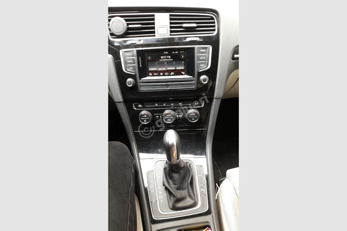Volkswagen Golf Şişli Kiralık Araç 2. Fotoğraf