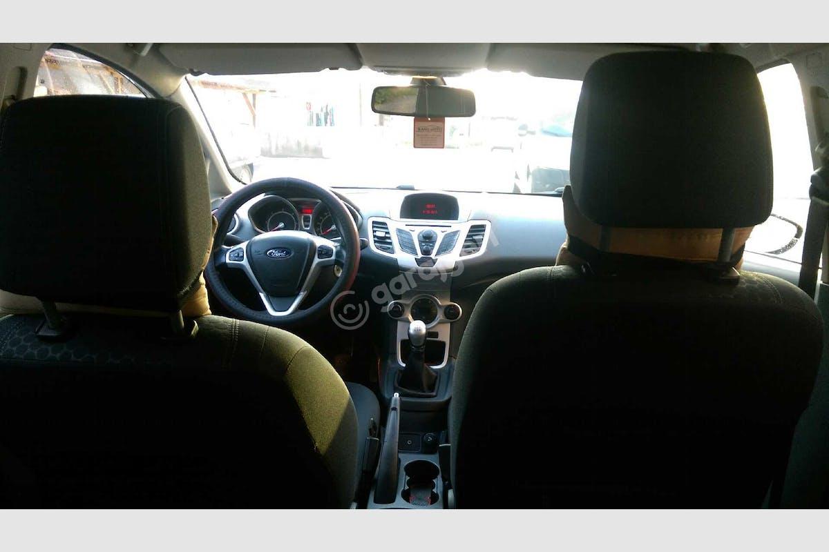 Ford Fiesta Gölcük Kiralık Araç 7. Fotoğraf