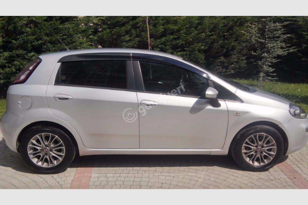 Fiat Punto Maltepe Kiralık Araç 3. Fotoğraf