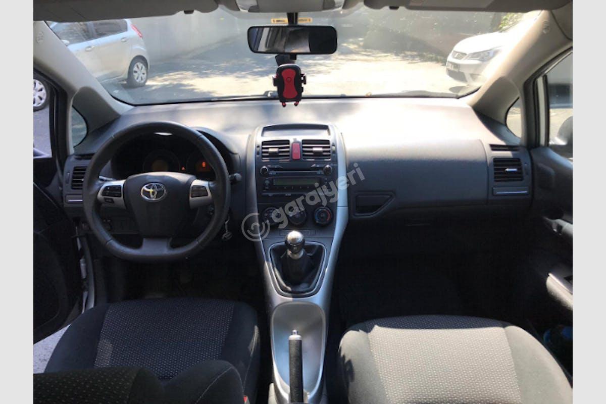 Toyota Auris Ümraniye Kiralık Araç 4. Fotoğraf