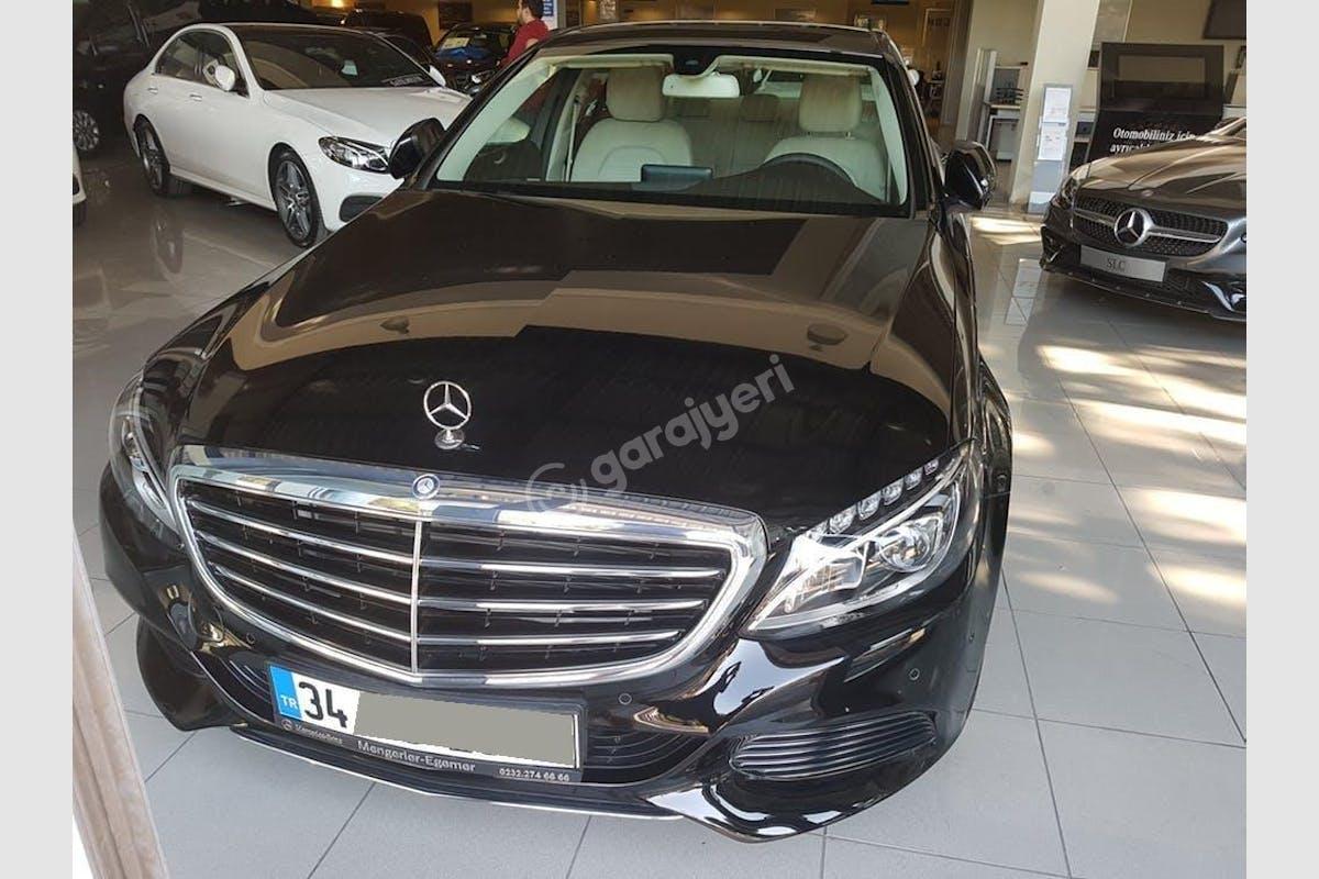 Mercedes - Benz C Bayrampaşa Kiralık Araç 1. Fotoğraf