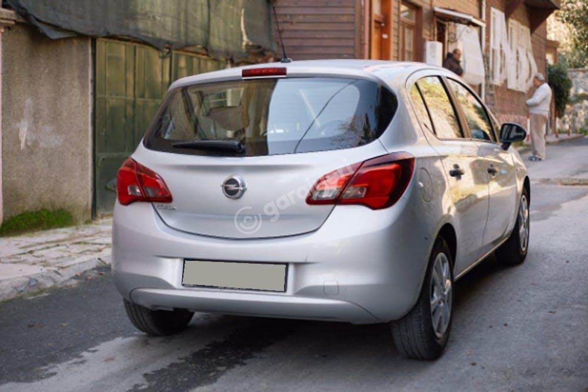 Opel Corsa Zeytinburnu Kiralık Araç 5. Fotoğraf