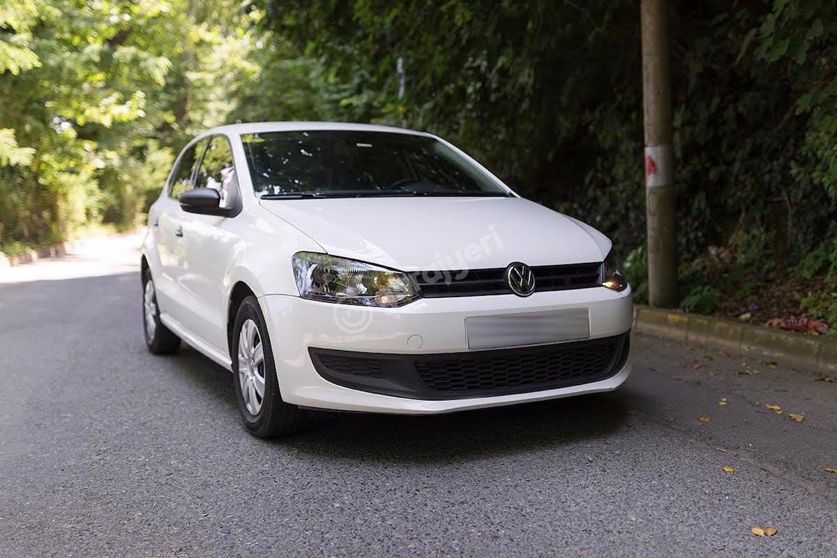 Volkswagen Polo Sarıyer Kiralık Araç 3. Fotoğraf