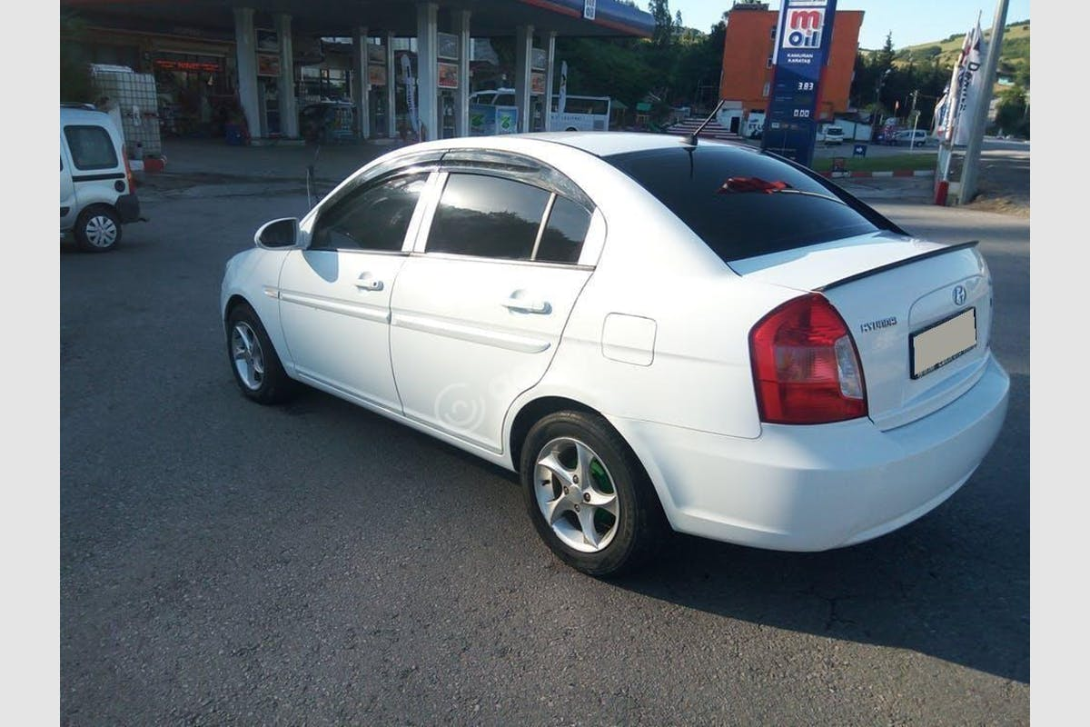 Hyundai Accent Era İlkadım Kiralık Araç 3. Fotoğraf