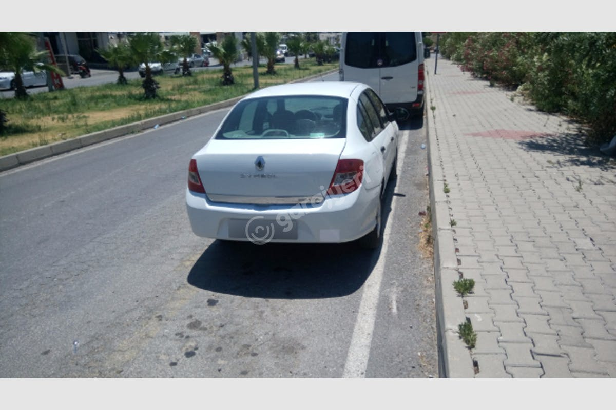 Renault Symbol Bodrum Kiralık Araç 5. Fotoğraf