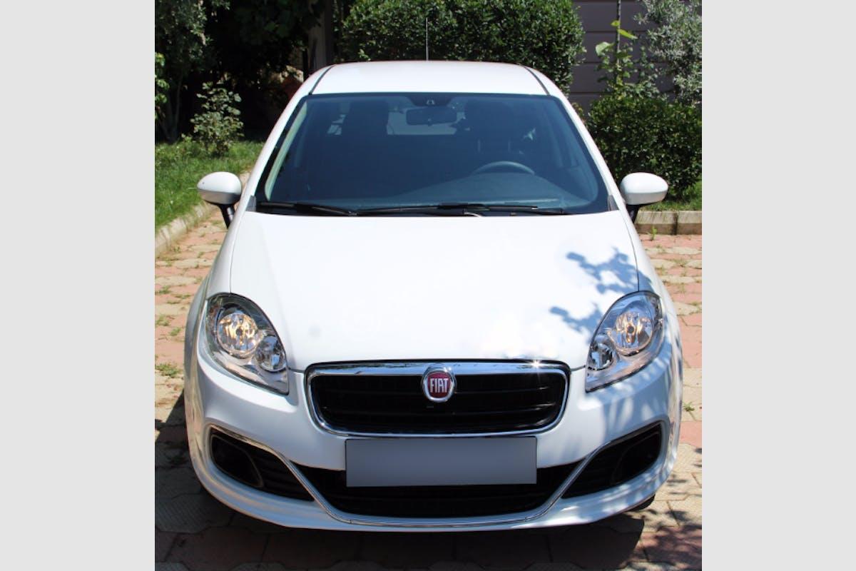 Fiat Linea Maltepe Kiralık Araç 3. Fotoğraf