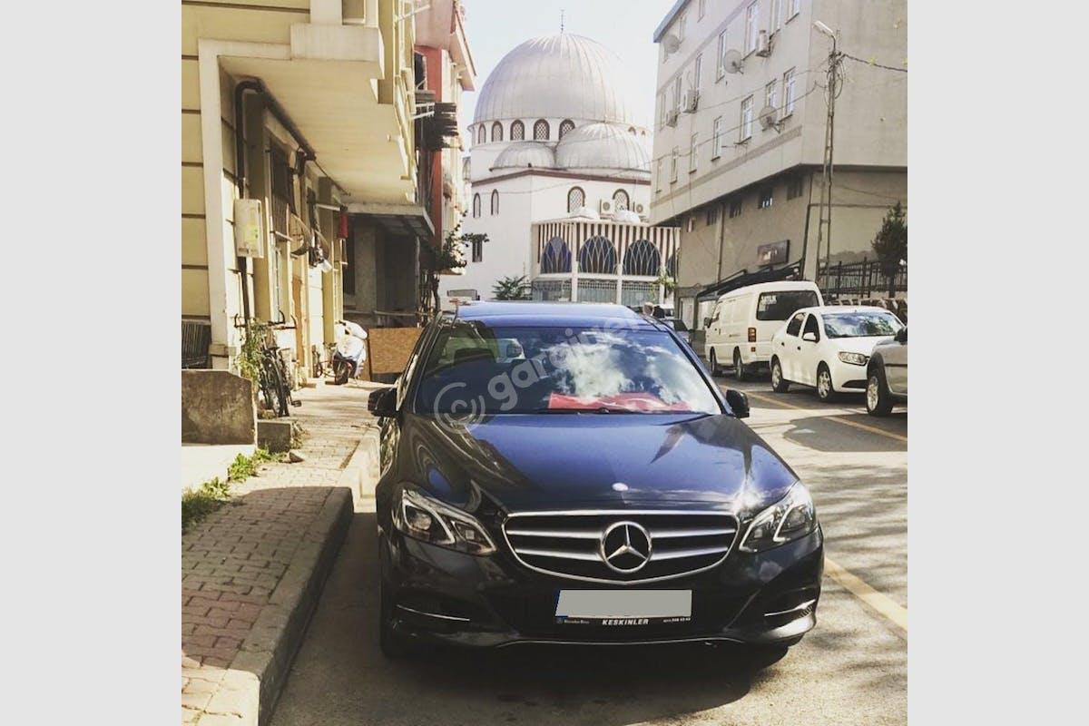Mercedes - Benz E Ümraniye Kiralık Araç 4. Fotoğraf