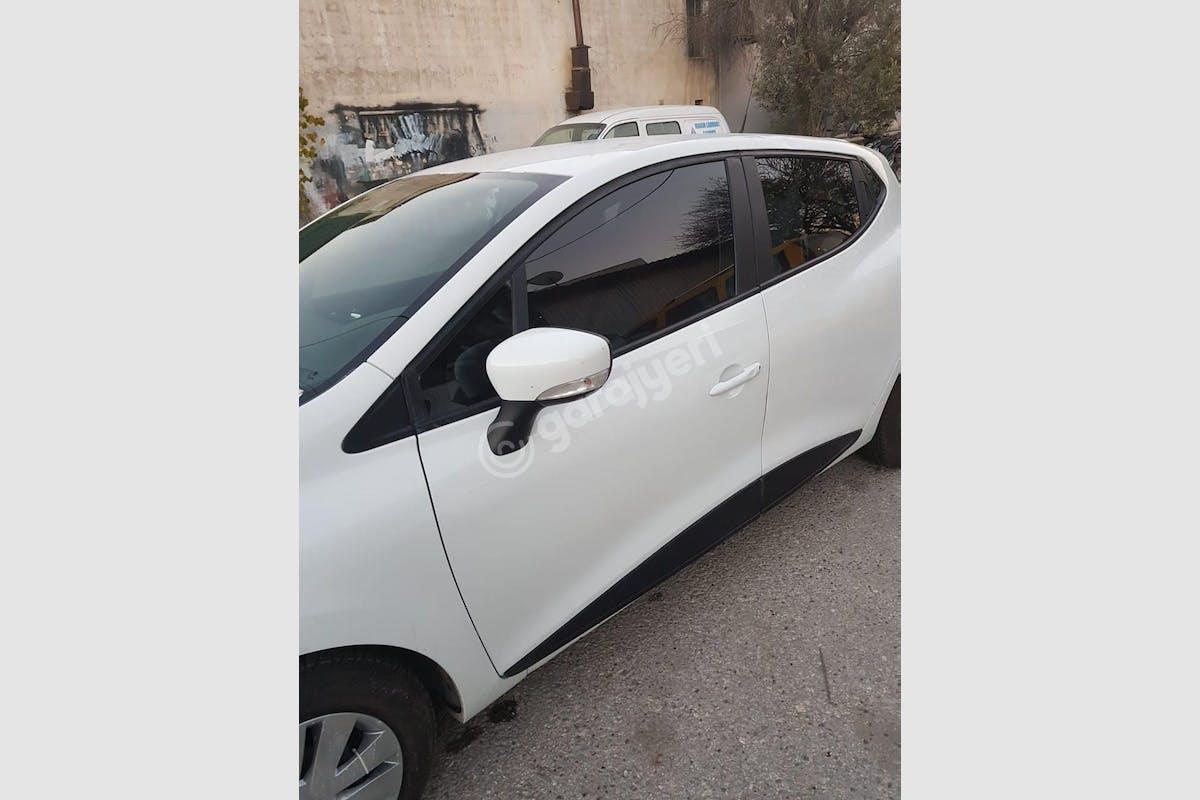 Renault Clio Fatih Kiralık Araç 2. Fotoğraf