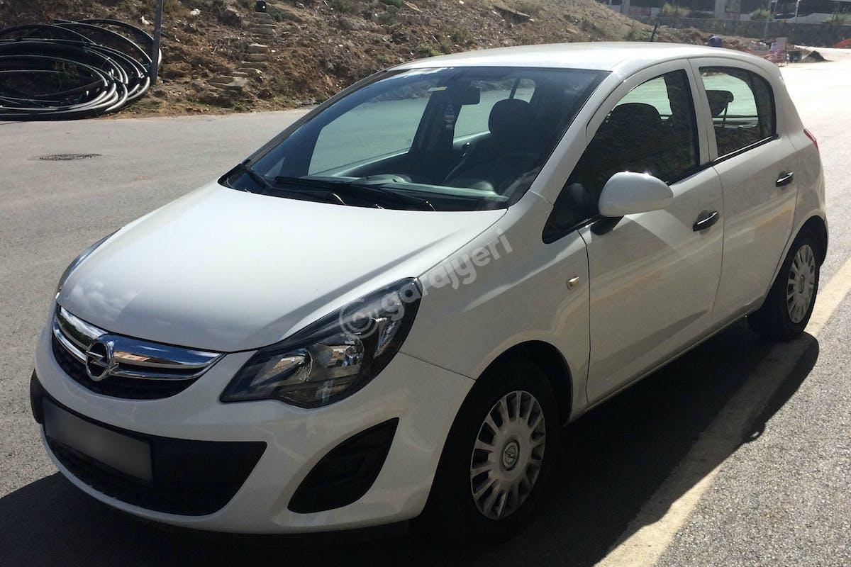 Opel Corsa Üsküdar Kiralık Araç 1. Fotoğraf