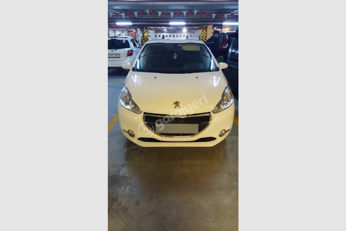 Peugeot 208 Tuzla Kiralık Araç 2. Fotoğraf
