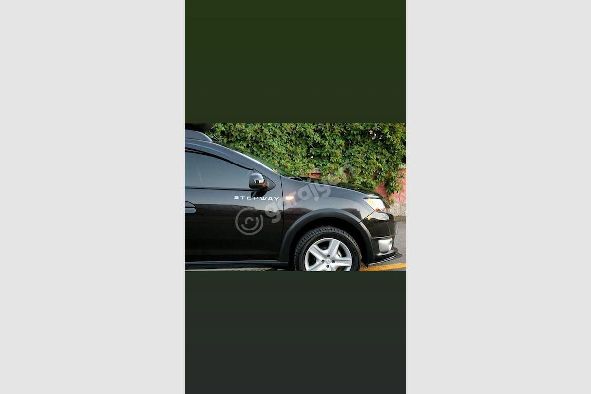 Dacia Sandero Stepway Keçiören Kiralık Araç 3. Fotoğraf