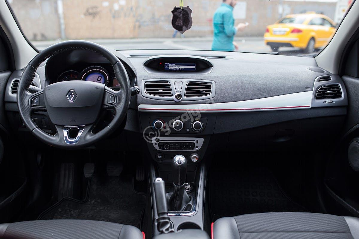 Renault Megane Şişli Kiralık Araç 7. Fotoğraf