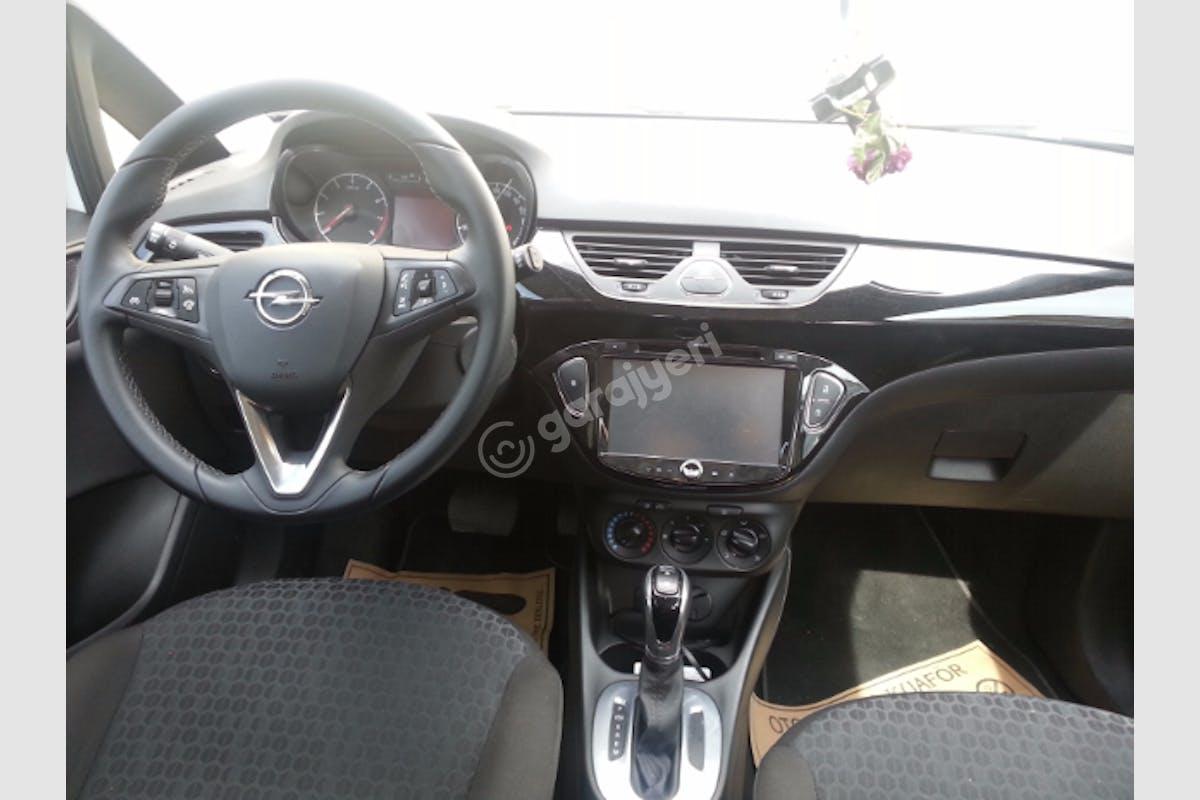 Opel Corsa Esenler Kiralık Araç 4. Fotoğraf