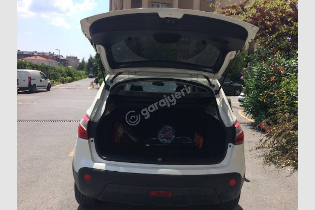 Nissan Qashqai Büyükçekmece Kiralık Araç 7. Fotoğraf