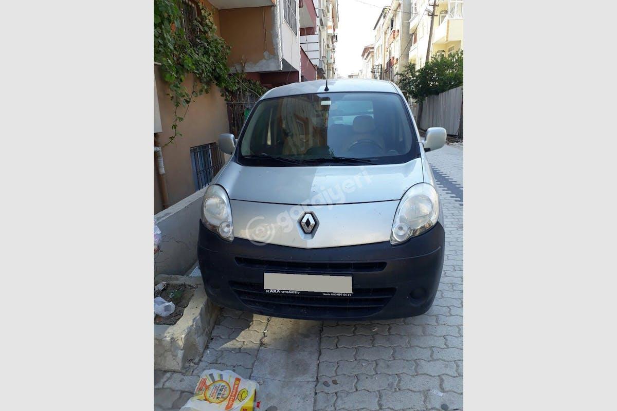 Renault Kangoo Küçükçekmece Kiralık Araç 1. Fotoğraf