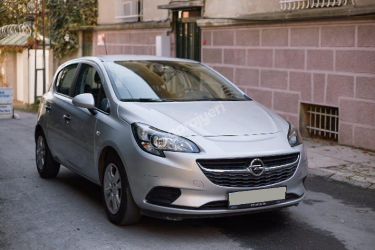 Opel Corsa Zeytinburnu Kiralık Araç 3. Fotoğraf