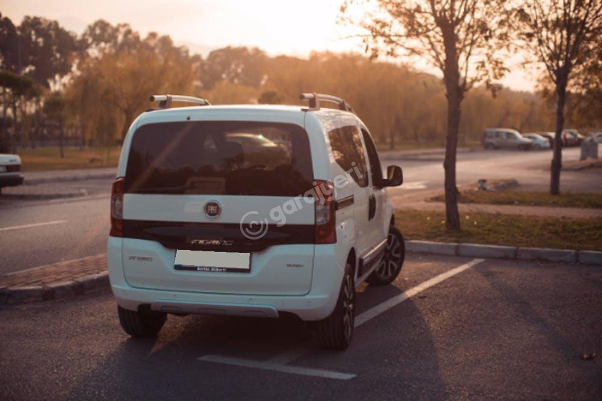 Fiat Fiorino Balçova Kiralık Araç 1. Fotoğraf